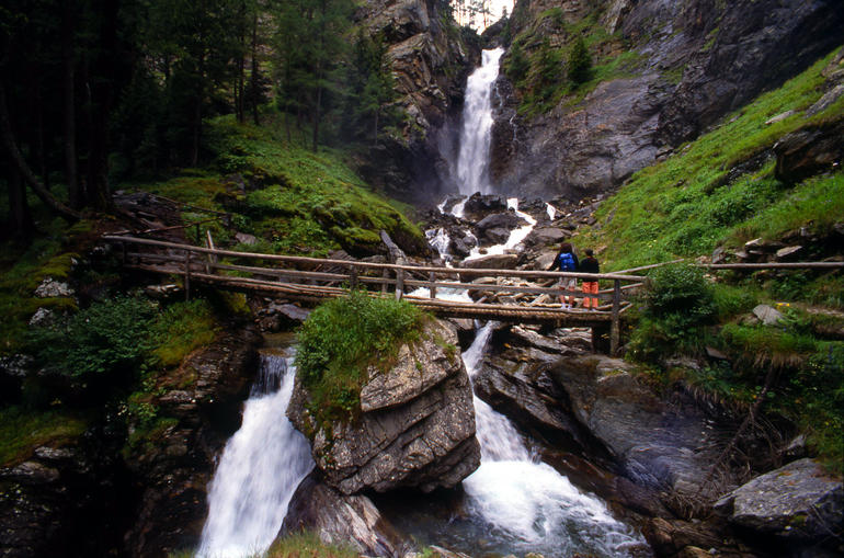 cascata saent-iltrentinodeibambini