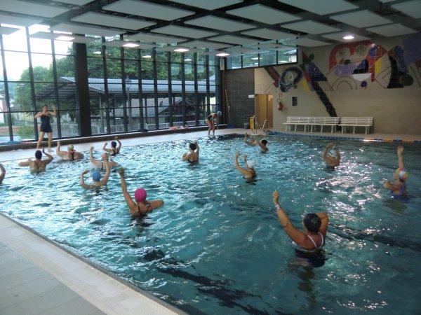 Piscina comunale di fiera di primiero il trentino dei - Piscina valdobbiadene orari nuoto libero ...