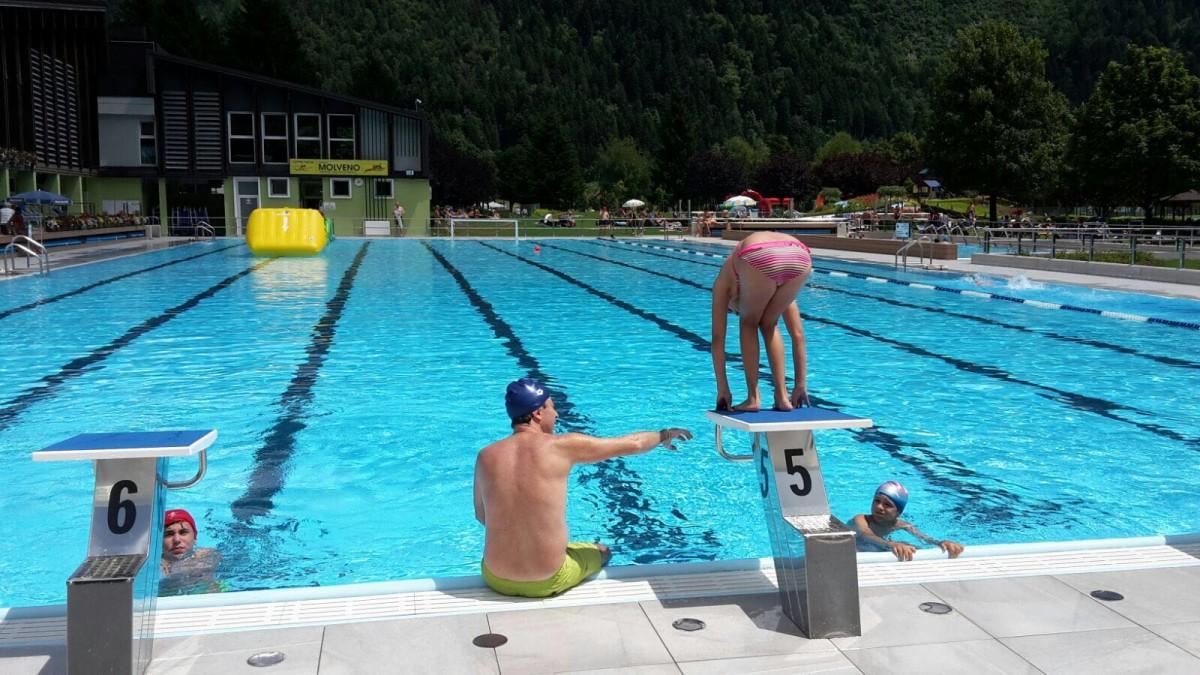 Acquapark molveno il trentino dei bambini - Corsi per neonati in piscina ...