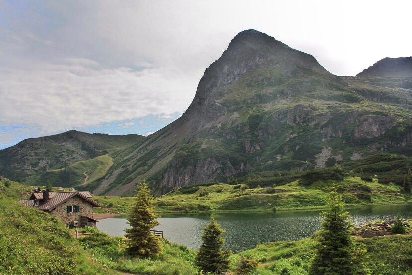 panorami-lago-colbricon