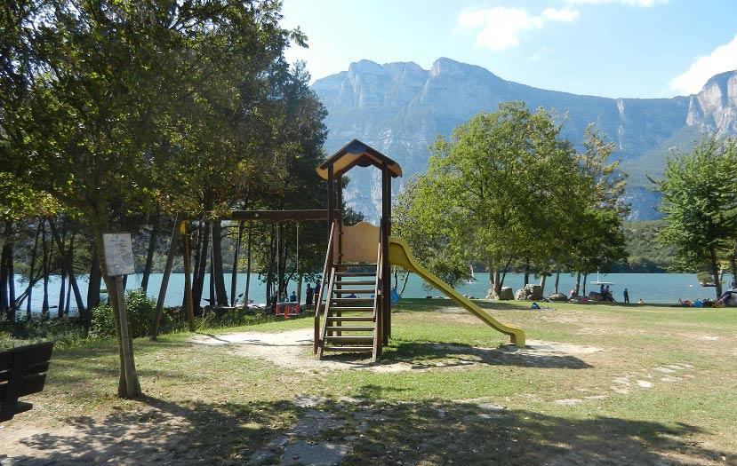 lago-di-cavedine-iltrentinodeibambini-2