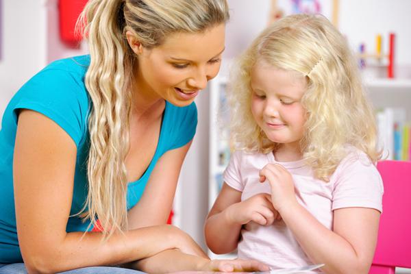 blonde-little-girl-enjoying-storytime-000026883817_full