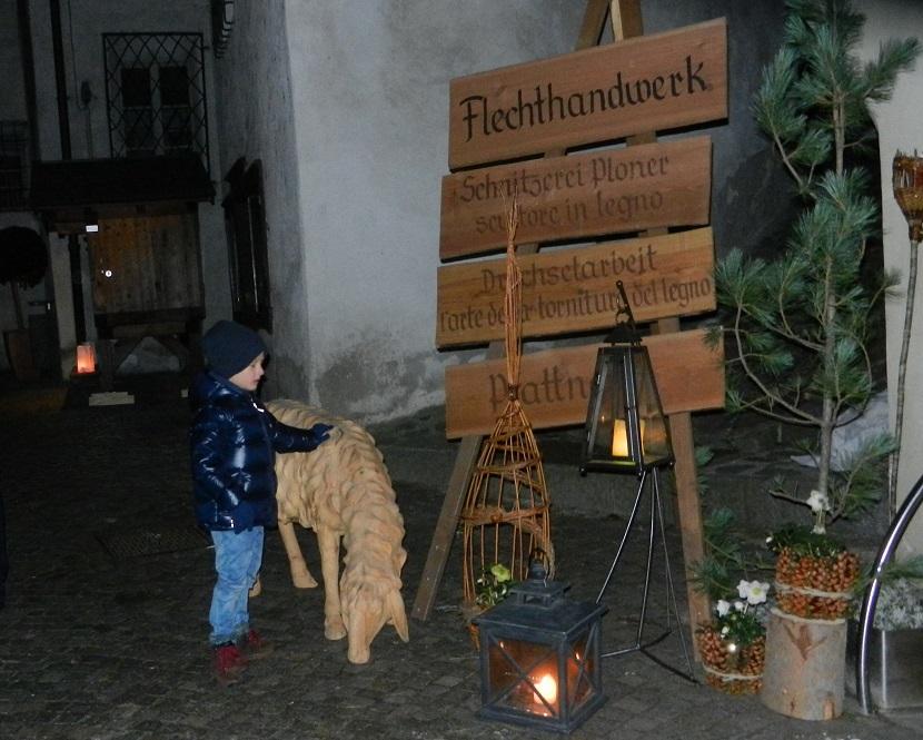 mercatini-di-natale_di-chiusa-iltrentinodeibambini-1