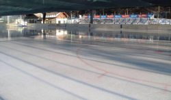 stadio ghiaccio Molini Malè