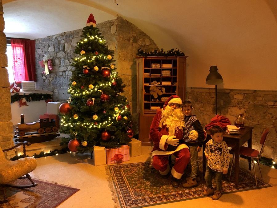 Babbo Natale Casa.Casa Di Babbo Natale A Riva Del Garda Il Trentino Dei Bambini